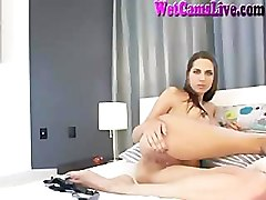 Hot Teen Brunette Big Tits Masturbate On Cam