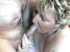 Amateur - Homemade BBW Mature Gangbang - loves it