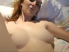 dee dee lynn takes a cum load on her face