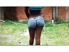 clip i made of a girl in south africa with a bubble butt