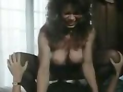 meet her at cheat-meet.com - sh retro sexy lady makes