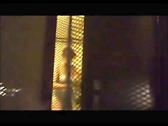 screen voyeur- brunette in toilet -