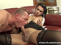 Kelly in Mutual BJ With TS Kelly - TransErotica