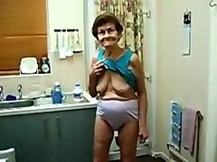 Amazing Amateur movie with Grannies, Solo scenes